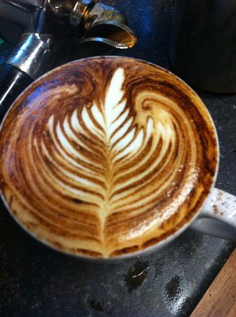 Lazy Cow: Beautiful latte art