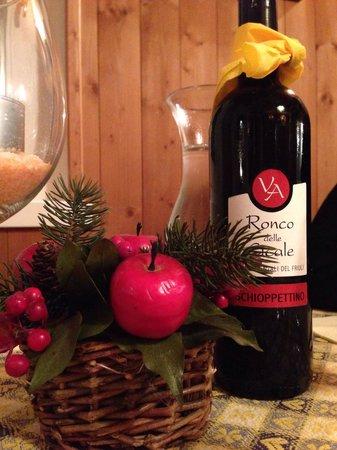 il melo innamorato: Il vino della casa