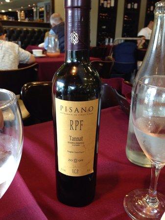 Garcia, Parrilla Clásica & Bar: Delicioso vinho uruguaio da carta do Garcia.