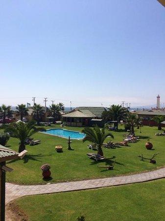 Hotel y Cabañas Mar De Ensueño: piscina sin wifi
