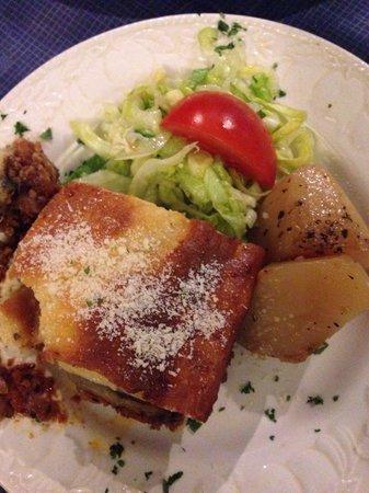Christo's Greek Taverna: Moussaka. Too much food!