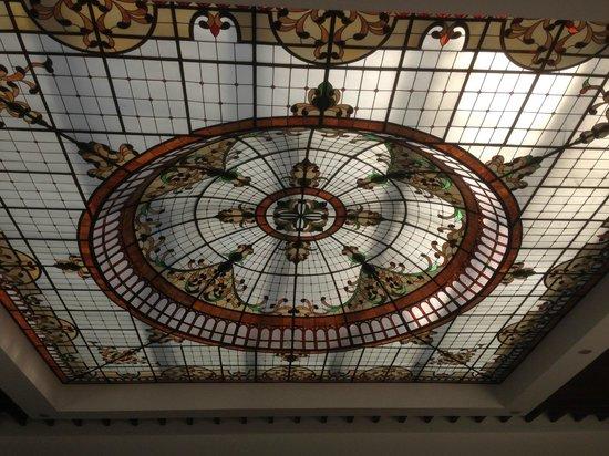 Hyatt Zilara Cancun: Domo de crystal en el Lobby