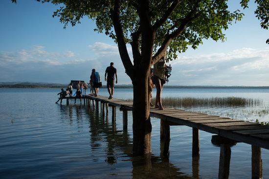 Hotel Mon Ami: Nuestro nuevo muelle, luego de la subida de dos metros y medio del lago Petén Itza