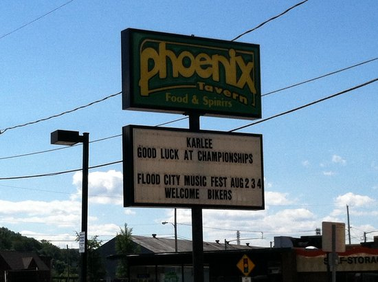 The Phoenix Tavern: Pic of sign