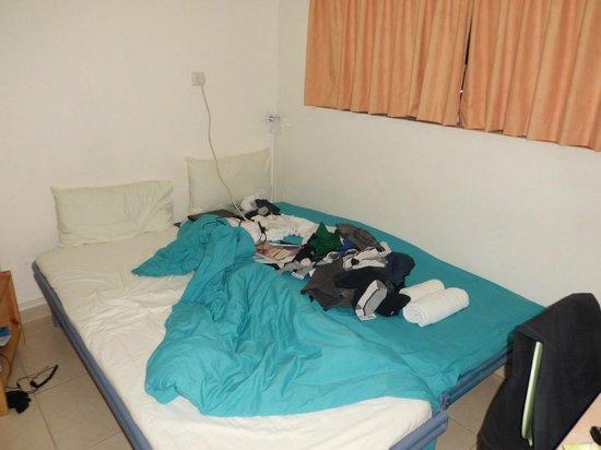 Abraham Hostel Jerusalem: кровать