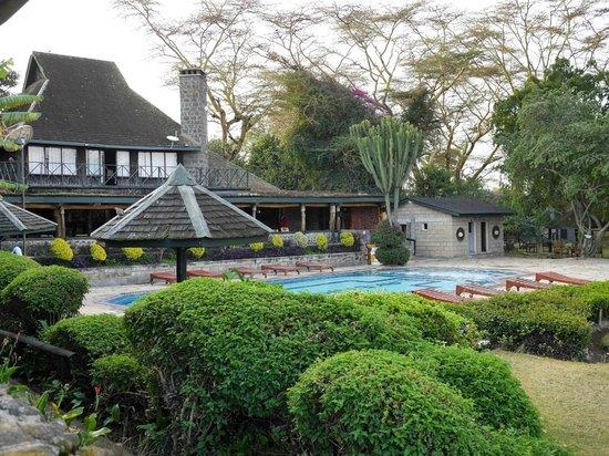Lake Nakuru Lodge: Relaxing Pool