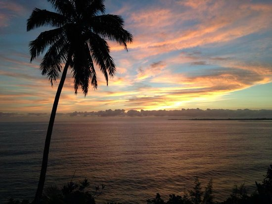 Hale Kai Hawaii Bed & Breakfast : amazing sunrises
