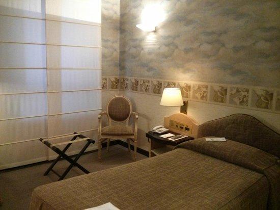 Hotel D'Este: Room