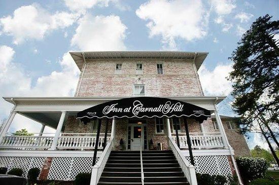 East Entrance Picture Of Inn At Carnall Hall Fayetteville Tripadvisor