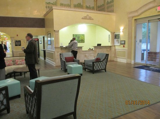Homewood Suites by Hilton Sarasota: Comfortable Lobby