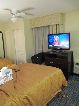 Homewood Suites by Hilton Sarasota: Flat screen TV - 2 Phones
