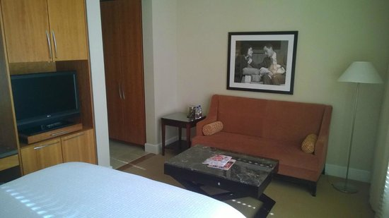 Hotel Teatro: Couch/coffee table area - nice to have.