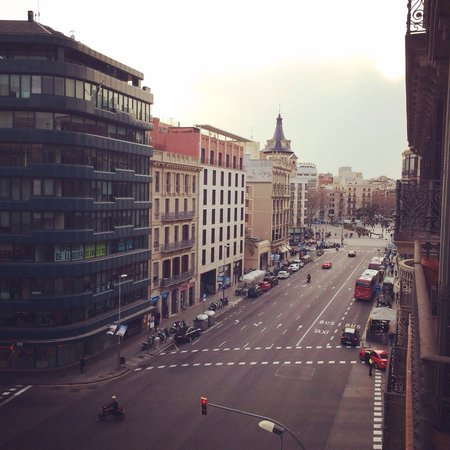 Hotel H10 Universitat: Our view