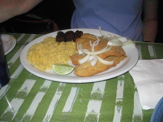 Mimita's Cuban Cafe: Fish plate