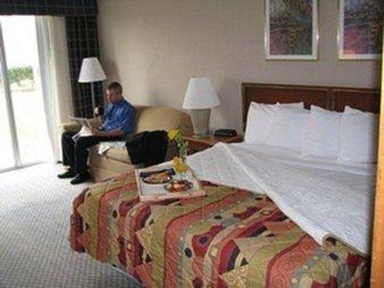 Midland Resort & Convention Center : King Room
