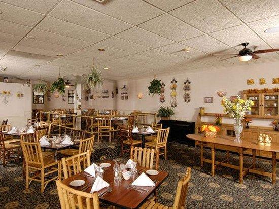 هوليداي إن ميدلتاون - جاسان: Restaurant