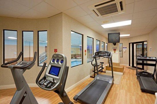 Holiday Inn - Concord Downtown: Fitness Center