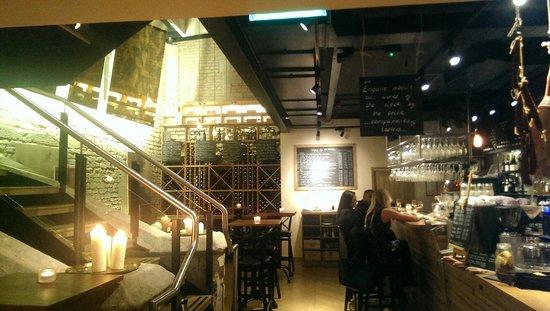 1855 Wine Bar