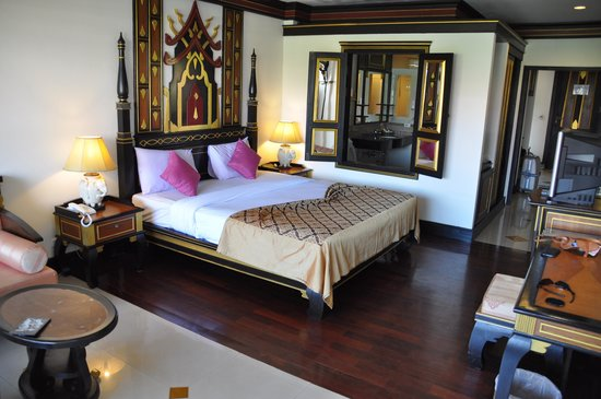 Aonang Ayodhaya Beach Resort: Большая кровать