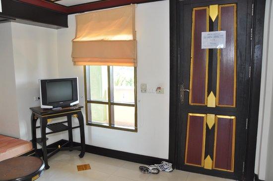 Aonang Ayodhaya Beach Resort: прихожая