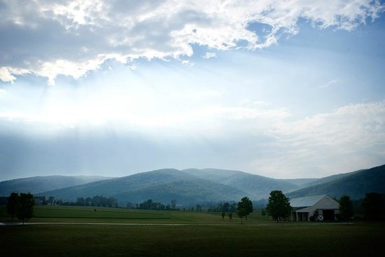King Family Vineyards : Blue Ridge Mountains