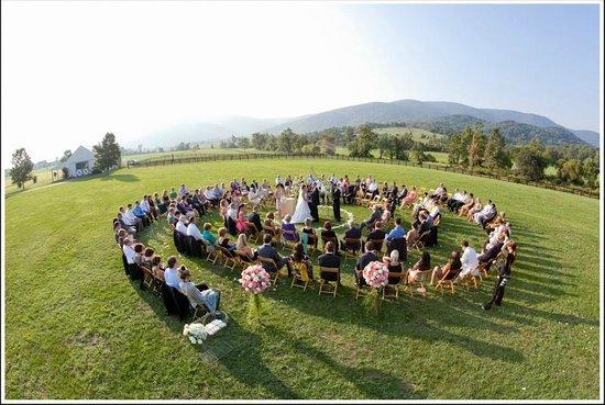 King Family Vineyards: Spiral Ceremony