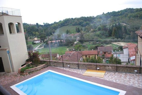 La Dolce Vite: The view from the pool which overlooks the village