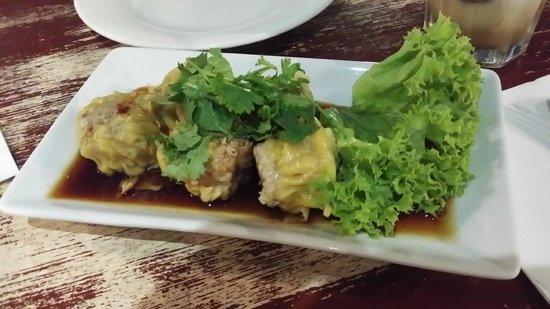 Home Thai Restaurant: Steamed dim sim