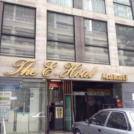 The E-Hotel Makati: 外観