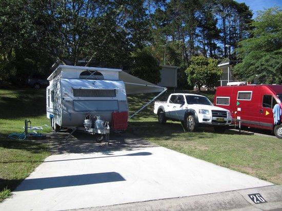 Blackheath Glen Tourist Park: Our site and caravan