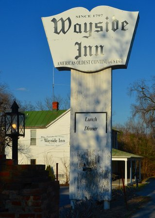 Wayside Inn : When you see this sign, you're in the right place!