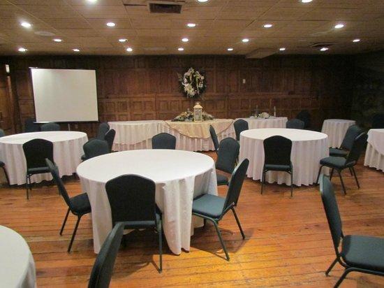 Wayside Inn: The Senseny Room