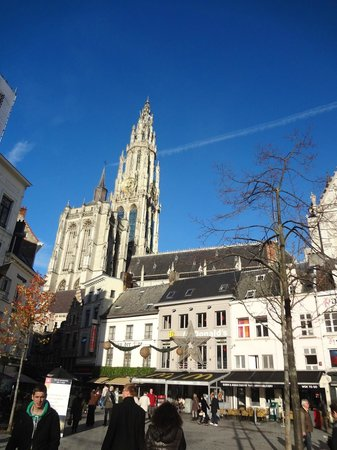 Liebfrauenkathedrale (Onze-Lieve-Vrouwekathedraal): Cathedral of Our Lady