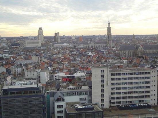 Museum aan de Stroom : view