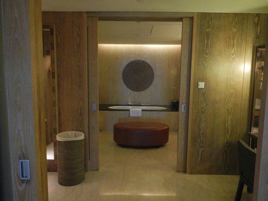 Conrad Bali: Bathroom view from bedroom.