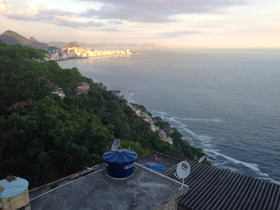 Varandas do Vidigal Hostel & Lounge: Vista da varanda