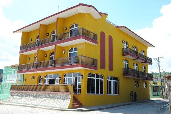 Hotel Rio Miel