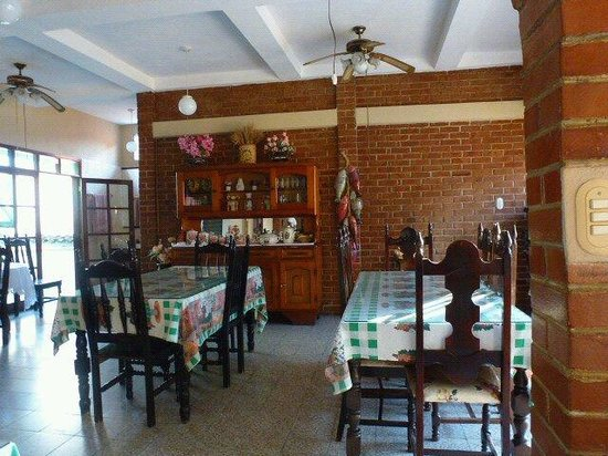 Hotel Royal: Restaurant mit guter geschmackvoller Kueche