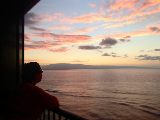 Maui Kai: Watching the sunset (December 2013)