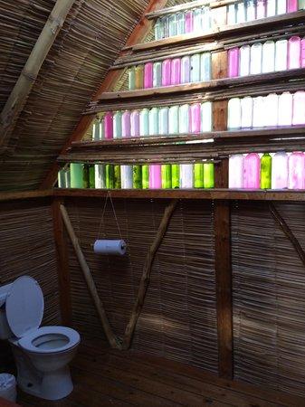Derek's Place: Casita bathroom