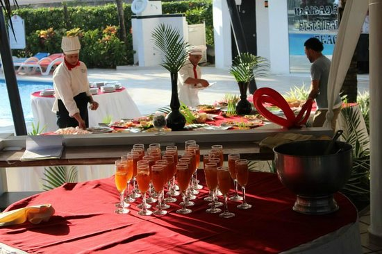 Maraja' Beach: drink and appetizers for after the ceremony