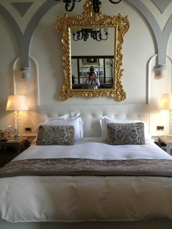 The St. Regis Florence : Bedroom Area