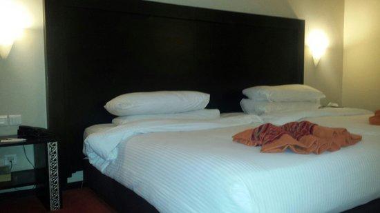 Palm Plaza Marrakech Hotel & Spa : Chambre spacieuse et propre