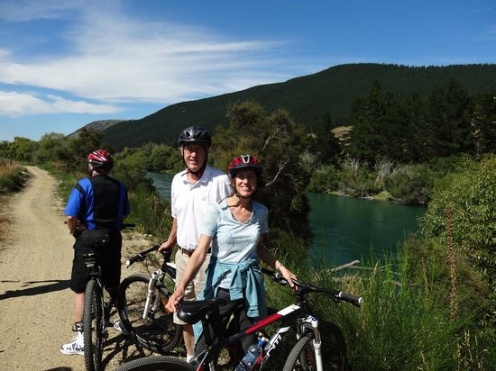 Offtrack MTB Tours - Day Tours: ALong the Clutha Gold Trail