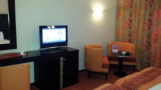 Palm Plaza Marrakech Hotel & Spa: Tv