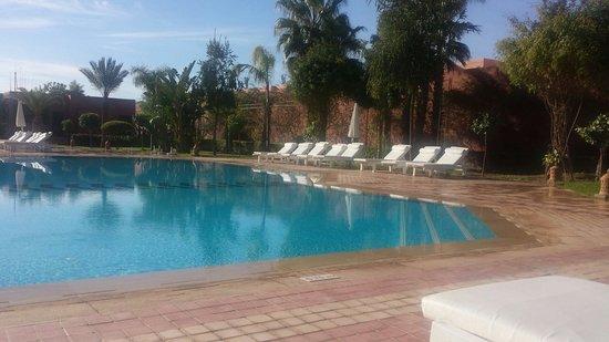 Palm Plaza Marrakech Hotel & Spa: Piscine