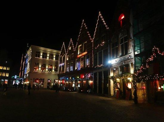 Burg Square: Burg