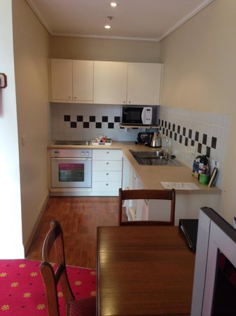 Grand Hotel Melbourne - MGallery Collection: unexpected kitchenette