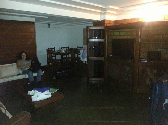 Bardot Apartamentos : Sala em 2 ambientes
