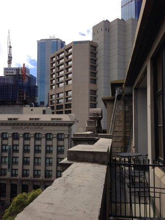 Quest Grand Hotel Melbourne : view towards cbd